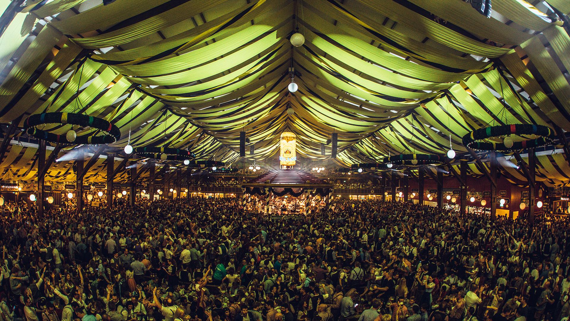 Paulaner_Oktoberfest2019_JB-Lighting_P18_Dora_Showtechnik_3.jpg