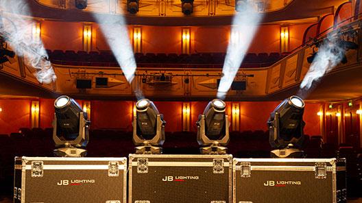 Stadttheater_Giessen_3.jpg