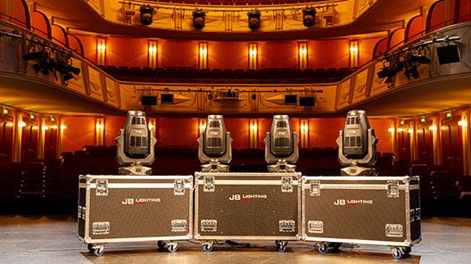 Stadttheater_Giessen_4.jpg