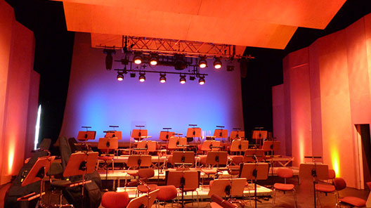 Theater_Neuhausen_Werning_Sparx7_JB-Lighting_2.jpg